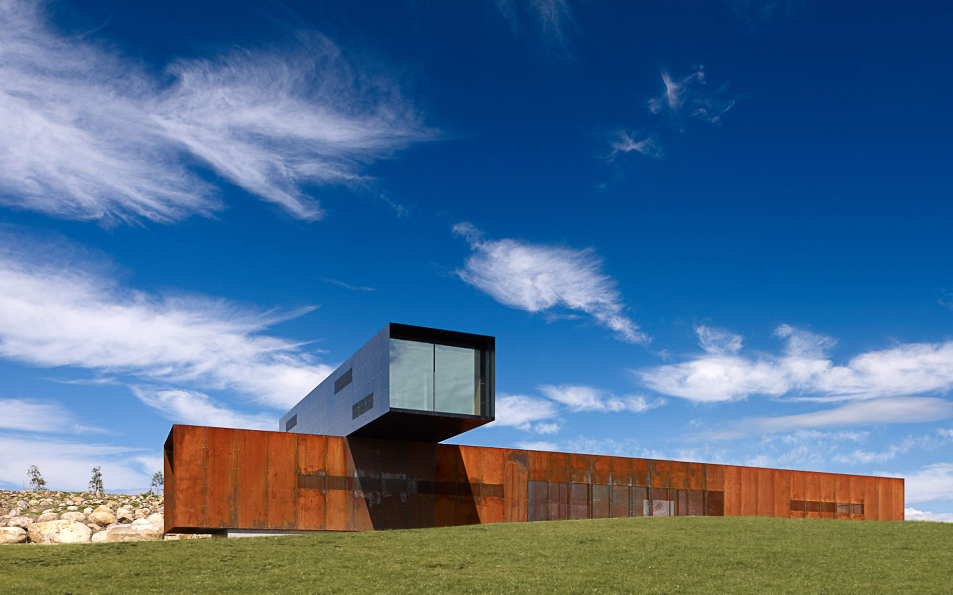 View hill house vineyard yarra valley australia denton corker marshall architecture - House on the hill 2012 ...